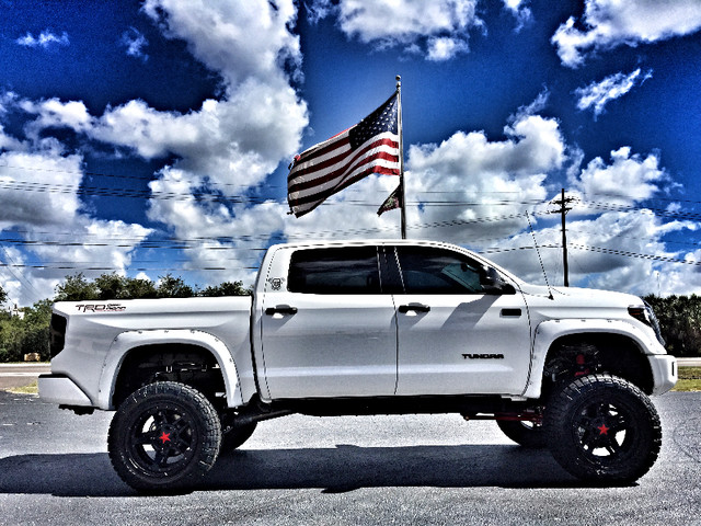2017 Toyota Tundra CUSTOM LIFTED LEATHER CREWMAX 4X4 V8 | eBay