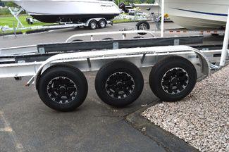 2018 Venture Boat Trailer Commander-10800 Tri Axle East Haven, Connecticut 4