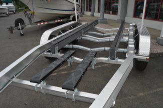 2017 Venture Boat Trailer Commander-10800 Tri Axle East Haven, Connecticut 7