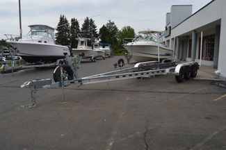 2017 Venture Boat Trailer Commander-10800 Tri Axle East Haven, Connecticut 14