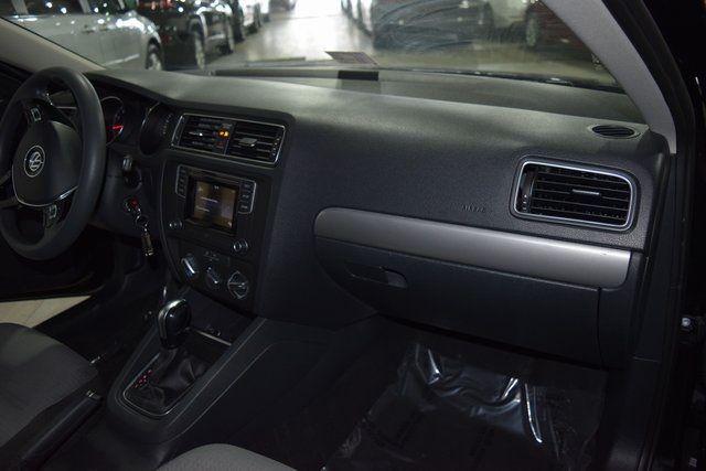 2017 Volkswagen Jetta 1.4T S Richmond Hill, New York 21