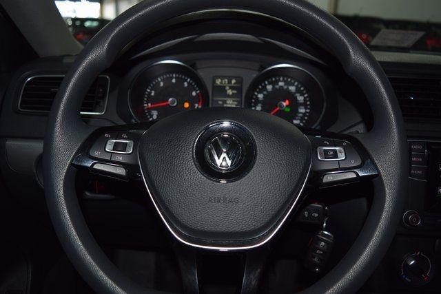 2017 Volkswagen Jetta 1.4T S Richmond Hill, New York 25