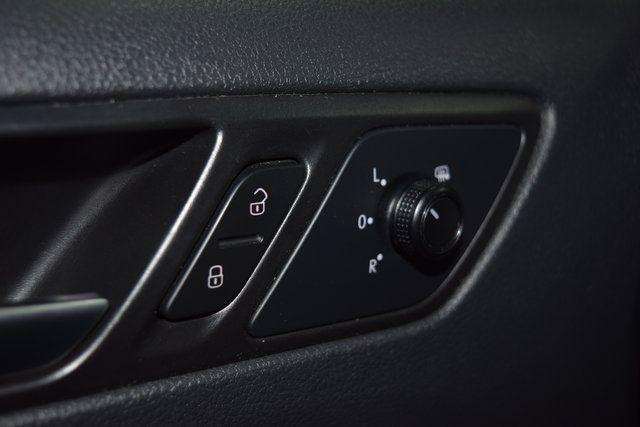 2017 Volkswagen Jetta 1.4T S Richmond Hill, New York 26