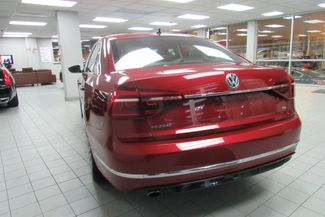 2017 Volkswagen Passat R-Line w/Comfort Pkg Chicago, Illinois 7