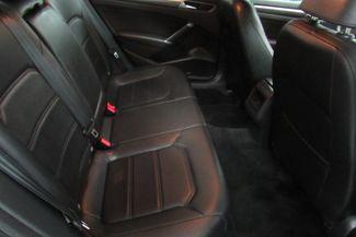 2017 Volkswagen Passat R-Line w/Comfort Pkg Chicago, Illinois 11