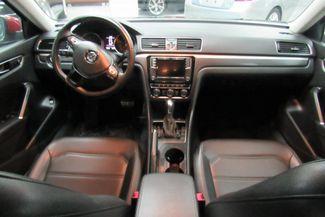 2017 Volkswagen Passat R-Line w/Comfort Pkg Chicago, Illinois 12
