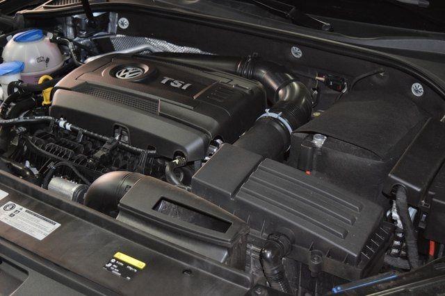 2017 Volkswagen Passat 1.8T S Richmond Hill, New York 17