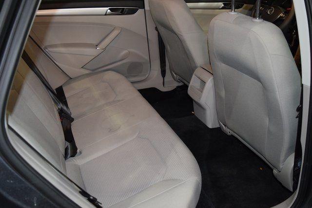 2017 Volkswagen Passat 1.8T S Richmond Hill, New York 23