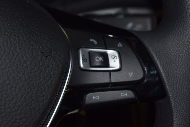 2017 Volkswagen Passat 1.8T S Richmond Hill, New York 33
