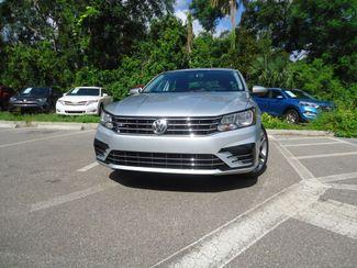 2017 Volkswagen Passat R-Line w/Comfort Pkg SEFFNER, Florida