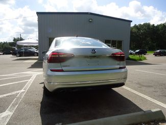 2017 Volkswagen Passat R-Line w/Comfort Pkg SEFFNER, Florida 12