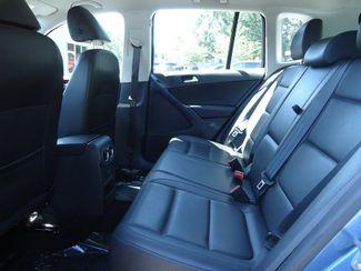 2017 Volkswagen Tiguan 2.0T LEATHER. CAMERA. HTD SEATS SEFFNER, Florida 17