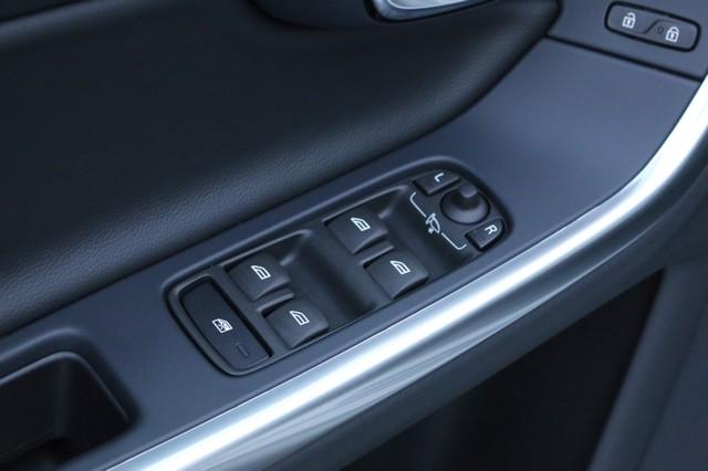 2017 Volvo V60 Cross Country T5 Mooresville, North Carolina 10