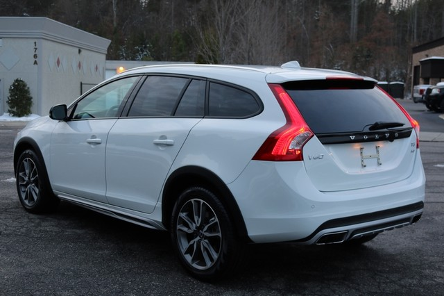 2017 Volvo V60 Cross Country T5 Mooresville, North Carolina 3