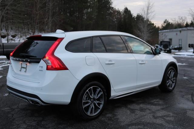 2017 Volvo V60 Cross Country T5 Mooresville, North Carolina 5