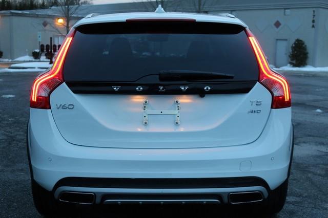 2017 Volvo V60 Cross Country T5 Mooresville, North Carolina 71