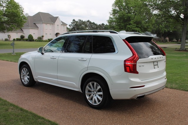 2017 volvo xc90 t6 momentum awd. Black Bedroom Furniture Sets. Home Design Ideas