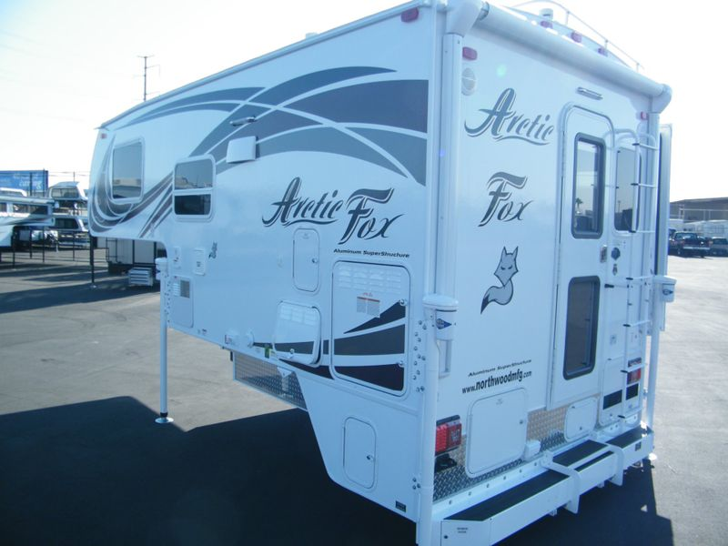 2018 Arctic Fox 811  in Surprise, AZ