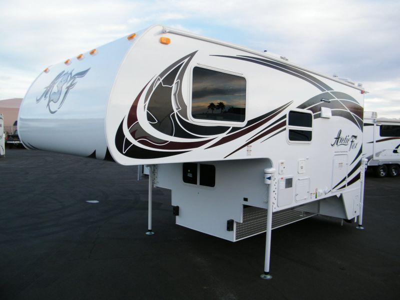 2018 Arctic Fox 990  in Surprise, AZ