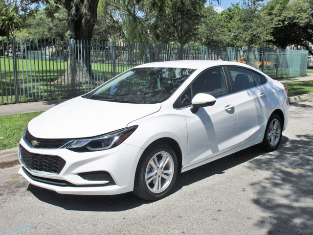 2018 Chevrolet Cruze LT Come and visit us at oceanautosalescom for our expanded inventoryThis of