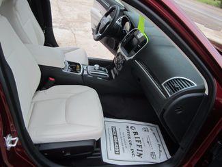 2018 Chrysler 300 Touring L Houston, Mississippi 8