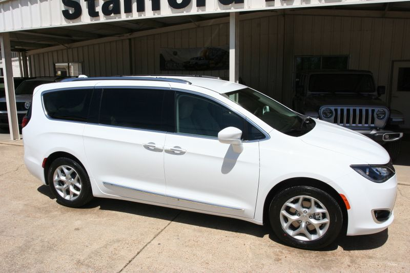 2018 Chrysler Pacifica Touring L Plus in Vernon Alabama