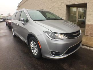 2018 Chrysler Pacifica in Victoria, MN