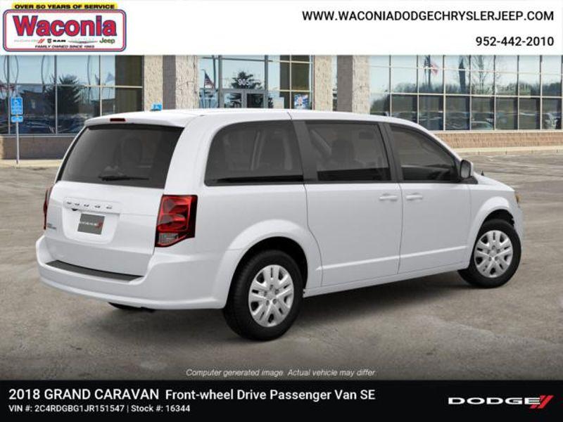 2018 Dodge Grand Caravan SE  in Victoria, MN