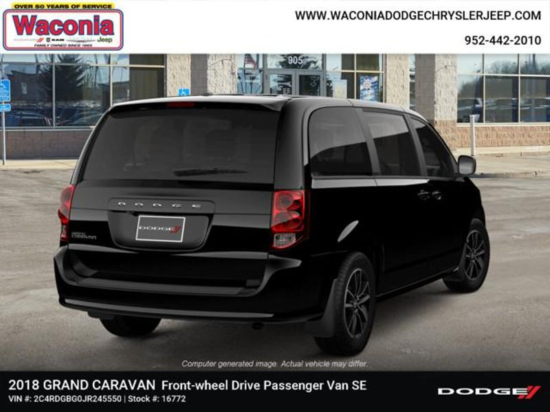 2018 Dodge Grand Caravan SE Plus  in Victoria, MN