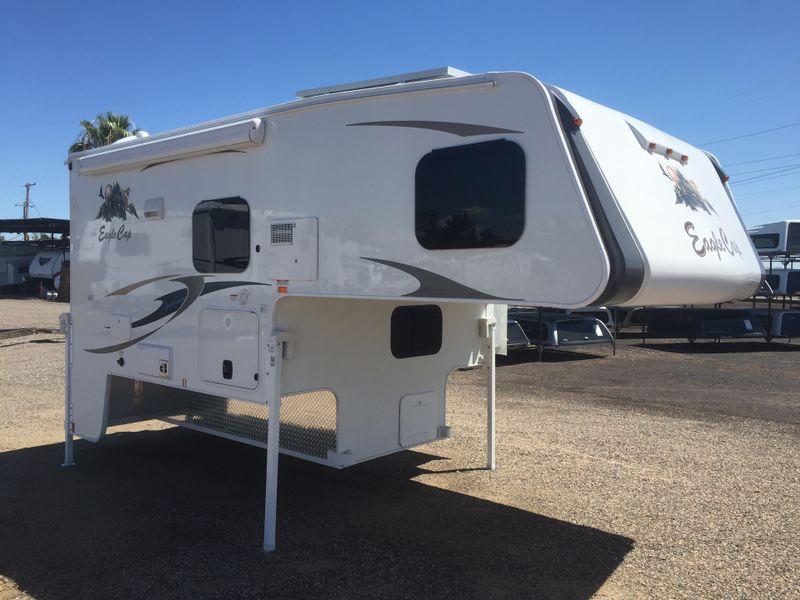 2018 Eagle Cap 811   in Phoenix AZ
