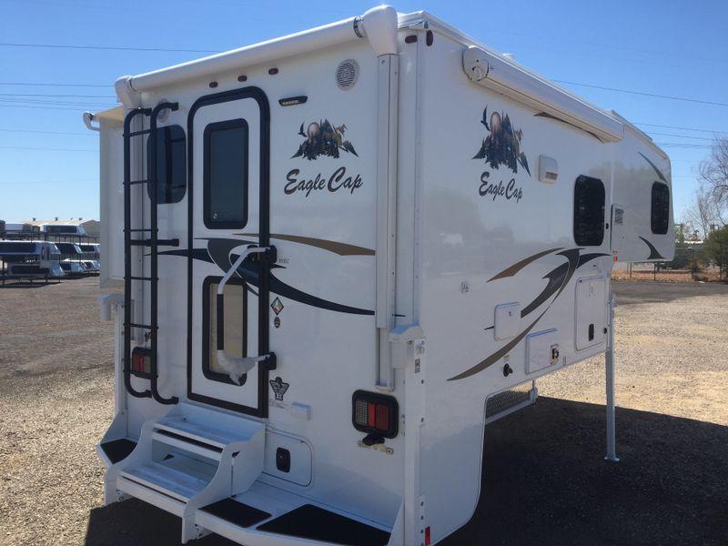 2018 Eagle Cap 811   in Phoenix, AZ