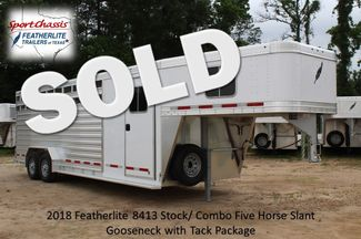 2018 Featherlite 8413 - 24' 5H Five Horse Slant with Dressing Room CONROE, TX