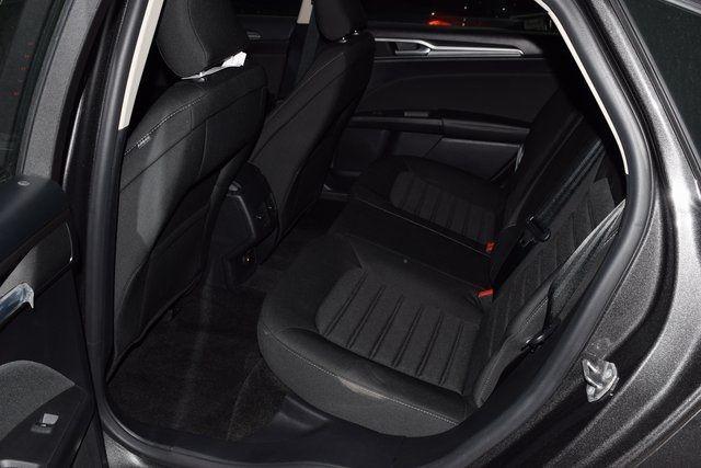 2018 Ford Fusion Hybrid SE Richmond Hill, New York 4