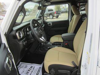 2018 Jeep All-New Wrangler Unlimited Sahara Houston, Mississippi 6
