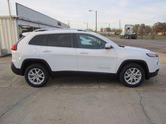 2018 Jeep Cherokee Latitude Plus Houston, Mississippi 3