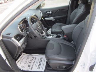 2018 Jeep Cherokee Latitude Plus Houston, Mississippi 6