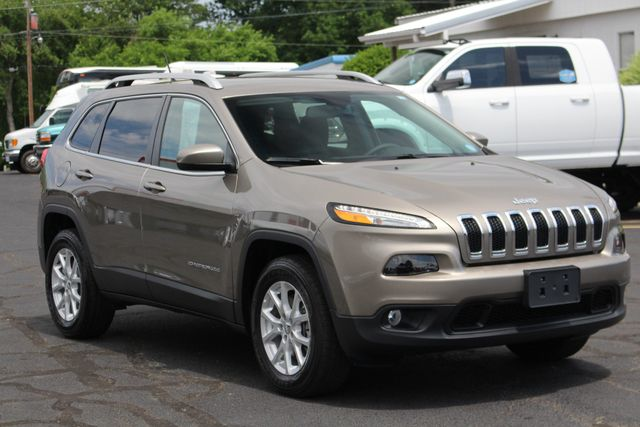 2018 Jeep Cherokee Latitude 4x4 - COLD WEATHER GROUP! Mooresville , NC 23