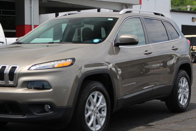 2018 Jeep Cherokee Latitude 4x4 - COLD WEATHER GROUP! Mooresville , NC 28