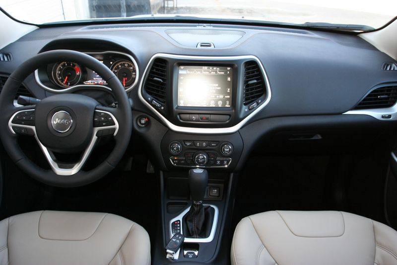 technologiepacket jeep cherokee limited