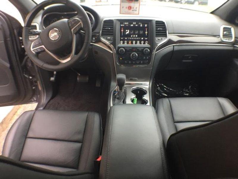 2018 Jeep Grand Cherokee Overland  in Victoria, MN