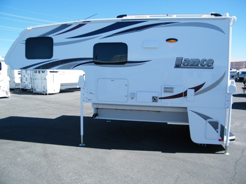 2018 Lance 995  in Surprise, AZ