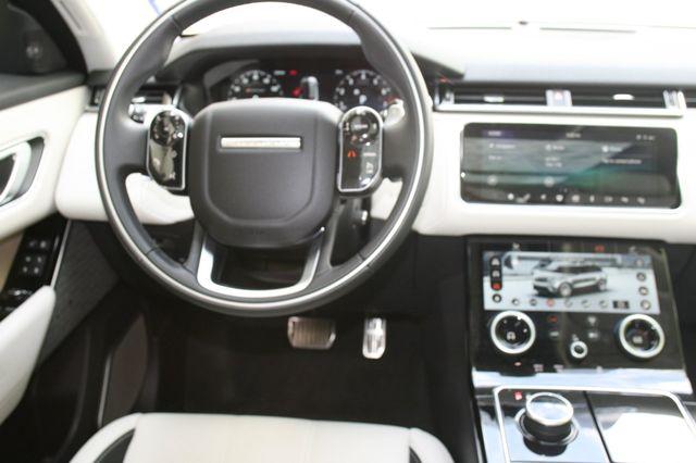 2018 Land Rover Range Rover Velar R-Dynamic SE Houston, Texas 11