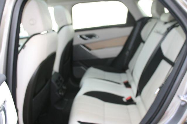 2018 Land Rover Range Rover Velar R-Dynamic SE Houston, Texas 24