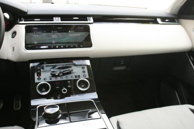 2018 Land Rover Range Rover Velar R-Dynamic SE Houston, Texas 9