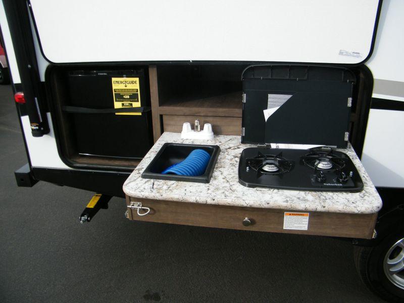 2018 Keystone Passport 2400BHWE Ultra Lite Grand Touring  in Surprise, AZ