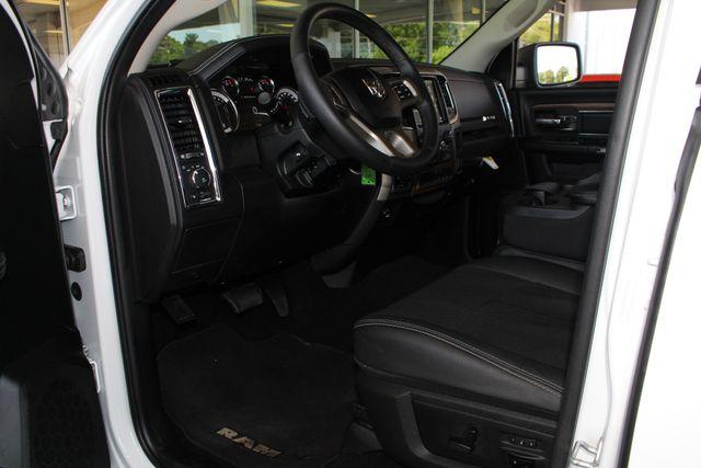 2018 Ram 1500 Laramie Crew Cab 4x4 - HEATED/COOLED LEATHER! Mooresville , NC 28