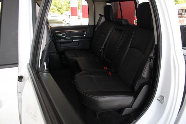 2018 Ram 1500 Laramie Crew Cab 4x4 - HEATED/COOLED LEATHER! Mooresville , NC 9