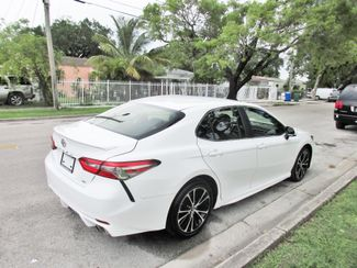 2018 Toyota Camry LE Miami, Florida 4