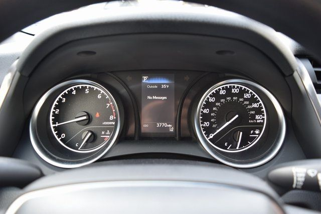 2018 Toyota Camry L Richmond Hill, New York 24