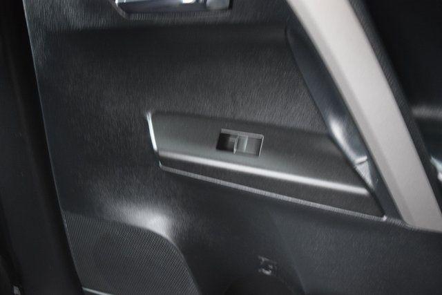 2018 Toyota RAV4 Richmond Hill, New York 18